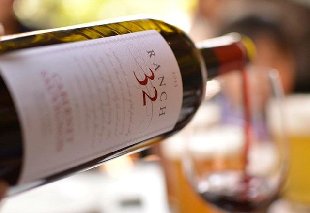 フランス仕込みの女性醸造家が作るワインを探し
