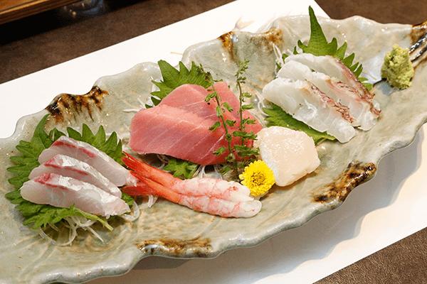 鮮魚盛り合わせサービス(人数分)