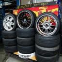 タイヤ販売から車の修理、日本初? のタイヤプリントも。 タイヤのかかりつけ医「タイヤセンター戸塚」