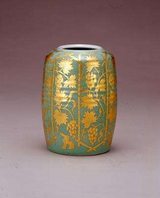 陶芸に興味があります。人間国宝の陶芸家で川崎市出身の浜田庄司さんと横浜市で作陶した加藤土師萌さんがどんな方だったのか気になります。取材してください。(にゃんさんのキニナル)