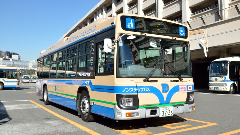 横浜市営バスとそっくりなバスの正体とは? - [はまれぽ.com] 横浜 ...