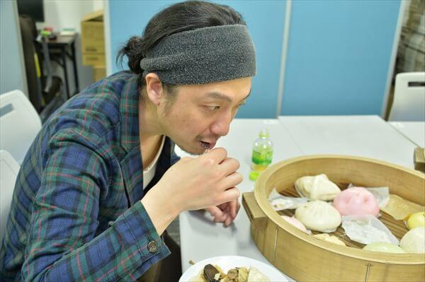 中華街の江戸清 中華まんを試食