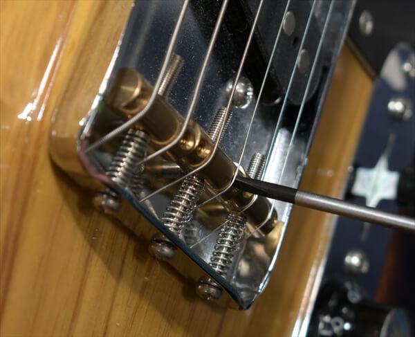 guitars-article011
