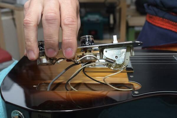 guitars-article012