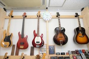 guitars-info003