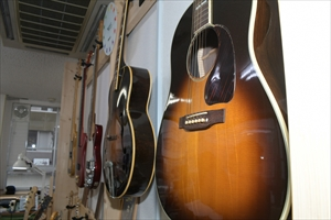 guitars-info007