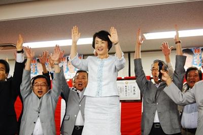 25日に投開票が行われた横浜市長...